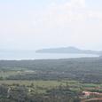島の中心部は丘陵地帯