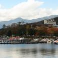 中禅寺湖畔の紅葉と日光白根山